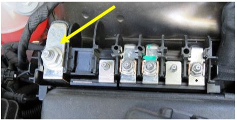 12 V Connection Area