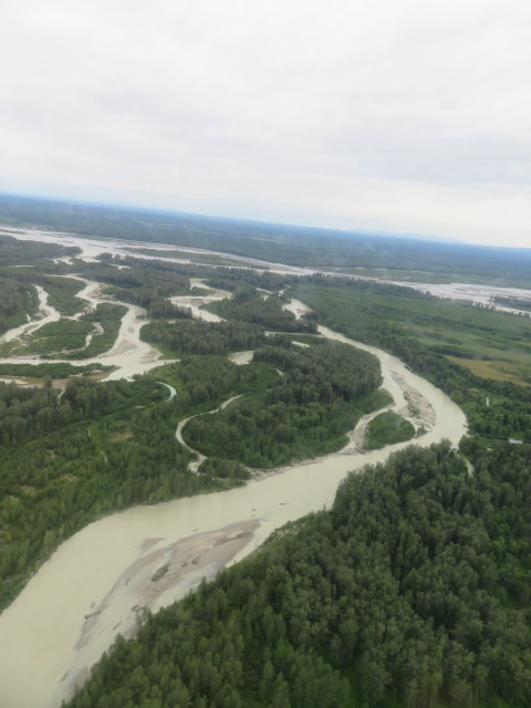 Meandering glacial rivers