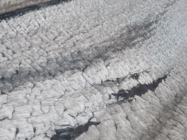 Rocks and cracks in the Glaciers